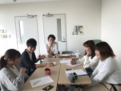 大学生とのプロジェクトチームに加わりました。